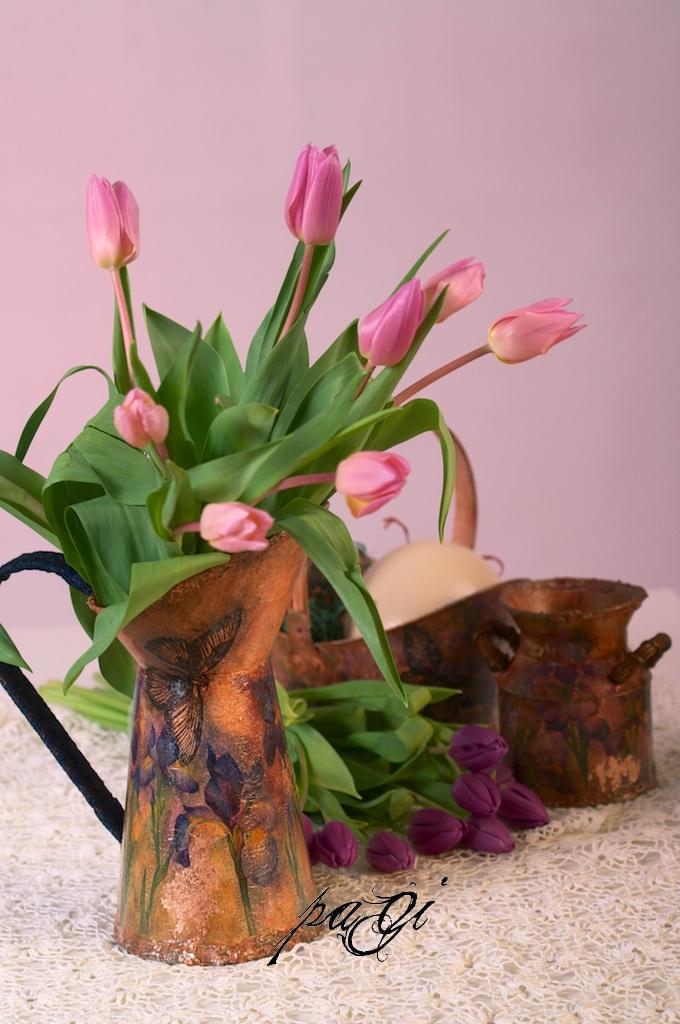 Tavaszi rusztikus kanna